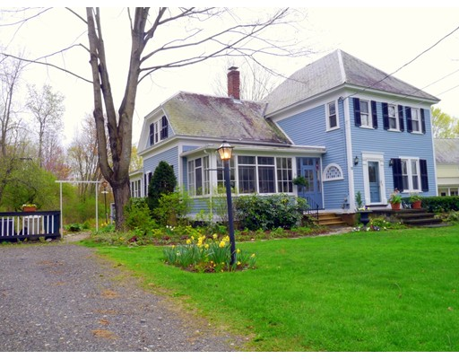 Single Family Home for Sale at 15 Summer Street Amherst, Massachusetts 01002 United States