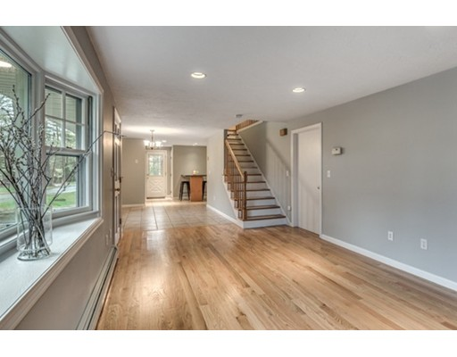 4 King Extension, Wilmington, MA 01887