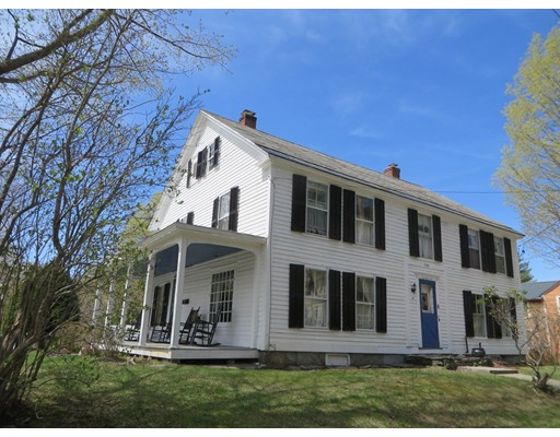 Casa Unifamiliar por un Venta en 6 Maple Street Shelburne, Massachusetts 01370 Estados Unidos