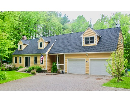 Single Family Home for Sale at 163 Heald Street Pepperell, Massachusetts 01463 United States