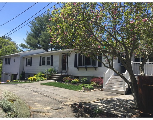 Single Family Home for Sale at 210 Common Lane Beverly, Massachusetts 01965 United States