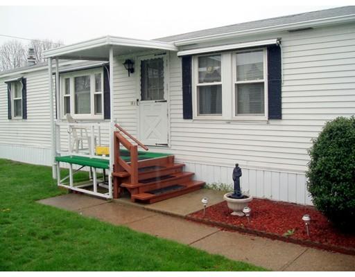 Частный односемейный дом для того Продажа на 52 Colvin Street Attleboro, Массачусетс 02703 Соединенные Штаты