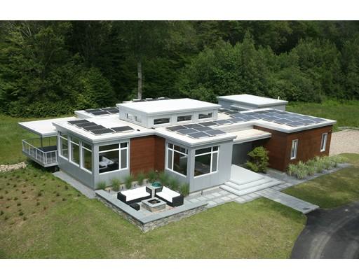Maison unifamiliale pour l Vente à 315 Sagamore Street Hamilton, Massachusetts 01982 États-Unis