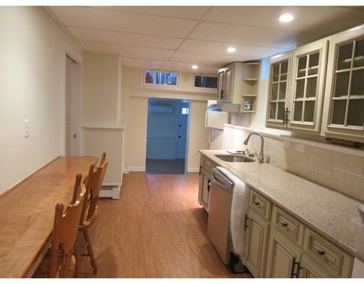 独户住宅 为 出租 在 65 Fruit Milford, 马萨诸塞州 01757 美国