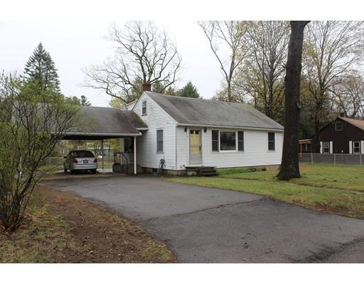 Maison unifamiliale pour l Vente à 6 Mcdowell Street Ayer, Massachusetts 01432 États-Unis