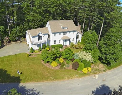 独户住宅 为 销售 在 70 Fox Run 达克斯伯里, 马萨诸塞州 02332 美国