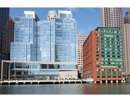 Condominio por un Venta en 500 Atlantic Avenue Boston, Massachusetts 02210 Estados Unidos
