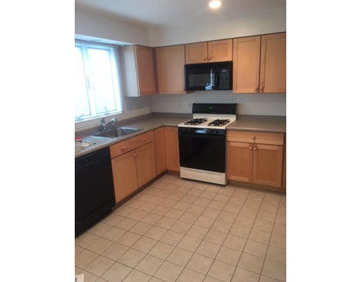 Additional photo for property listing at 86 Chapel Street  Newton, Massachusetts 02472 Estados Unidos
