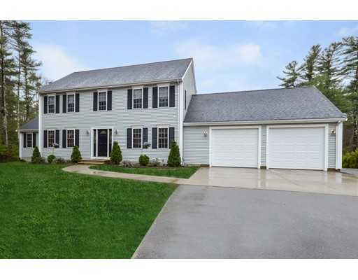 独户住宅 为 销售 在 149 Quanapoag Road Freetown, 马萨诸塞州 02717 美国