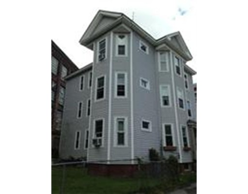 Additional photo for property listing at 21 Crompton  Worcester, Massachusetts 01610 Estados Unidos