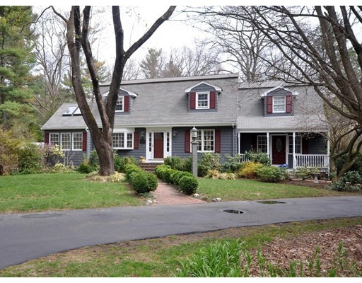 Maison unifamiliale pour l Vente à 23 Evergreen Road Acton, Massachusetts 01720 États-Unis
