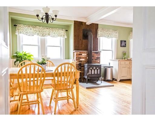 独户住宅 为 销售 在 144 Wallace Avenue Auburn, 马萨诸塞州 01501 美国