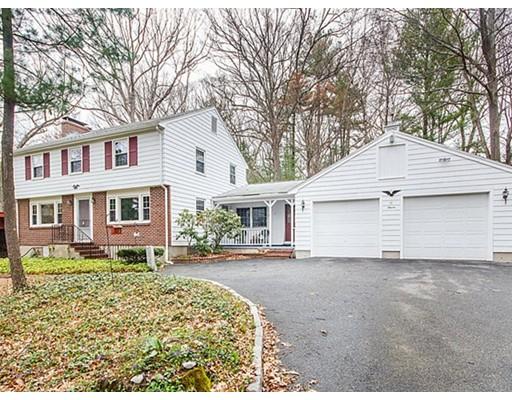 Частный односемейный дом для того Продажа на 11 Putney Circle Billerica, Массачусетс 01821 Соединенные Штаты
