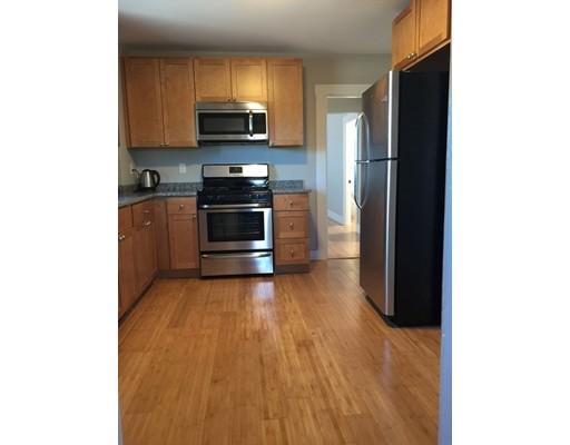 Maison unifamiliale pour l à louer à 23 Hooker Braintree, Massachusetts 02184 États-Unis