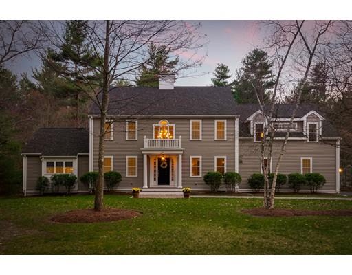 Maison unifamiliale pour l Vente à 56 Erikson Lane Pembroke, Massachusetts 02359 États-Unis