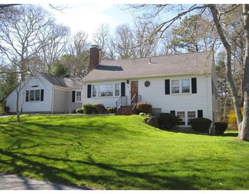 Casa Unifamiliar por un Venta en 192 Mooring Drive Barnstable, Massachusetts 02635 Estados Unidos