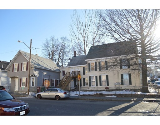 Casa Multifamiliar por un Venta en 44 5th Street Lowell, Massachusetts 01850 Estados Unidos