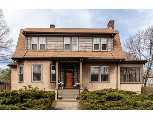 Casa Unifamiliar por un Venta en 82 Cushing Avenue Belmont, Massachusetts 02478 Estados Unidos