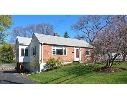 独户住宅 为 销售 在 254 Mystic Street 阿灵顿, 马萨诸塞州 02474 美国
