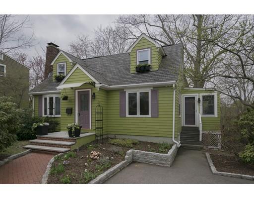 独户住宅 为 销售 在 163 Charlton Street 阿灵顿, 马萨诸塞州 02476 美国