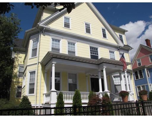 多户住宅 为 销售 在 908 Main Street 伍斯特, 马萨诸塞州 01610 美国