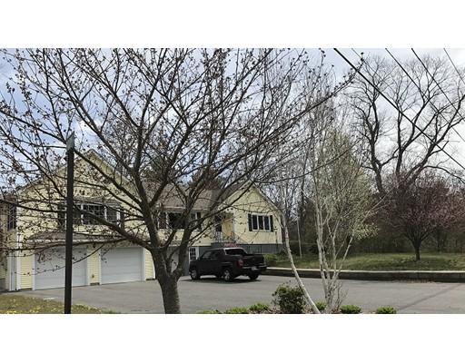 Maison unifamiliale pour l Vente à 35 Blackmar Street Bellingham, Massachusetts 02019 États-Unis