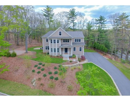 独户住宅 为 销售 在 1 Royal Circle Lexington, 马萨诸塞州 02420 美国
