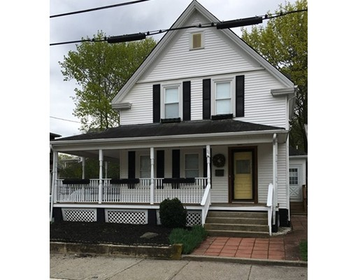 Casa Unifamiliar por un Venta en 26 John Street Attleboro, Massachusetts 02703 Estados Unidos
