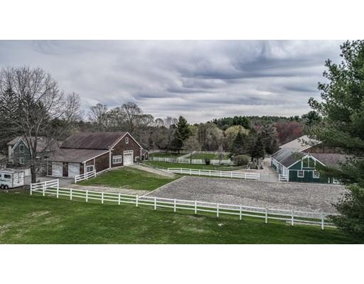 Maison unifamiliale pour l Vente à 2 Taylor Road Stow, Massachusetts 01775 États-Unis