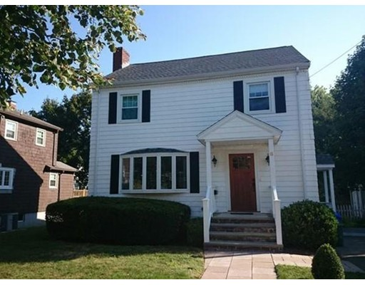 独户住宅 为 出租 在 6 Meadowbrook Road 布鲁克莱恩, 马萨诸塞州 02467 美国