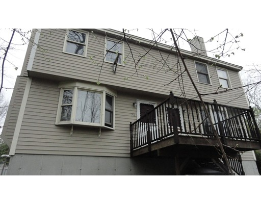 752 S Main St 752, Haverhill, MA 01835