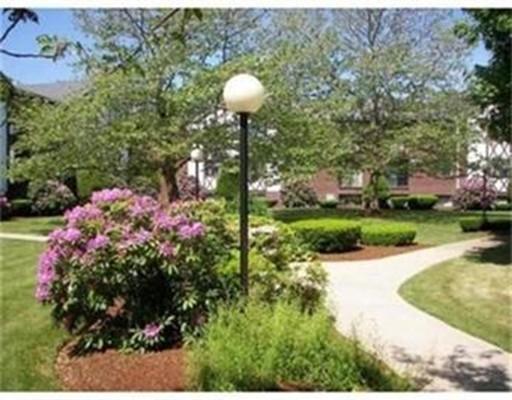 Additional photo for property listing at 127 King Street  富兰克林, 马萨诸塞州 02038 美国