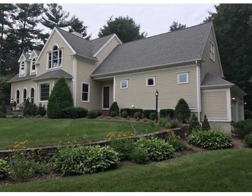 Single Family Home for Sale at 229 Old Schoolhouse Lane Hanover, Massachusetts 02339 United States