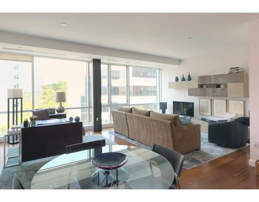 Casa Unifamiliar por un Alquiler en 1075 Massachusetts Avenue Cambridge, Massachusetts 02138 Estados Unidos