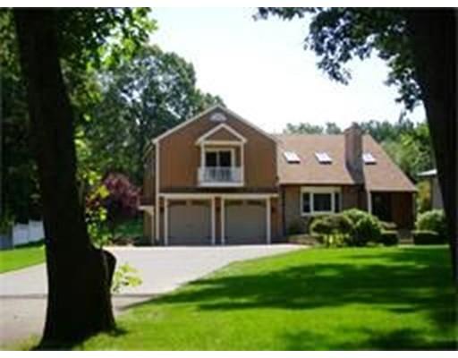 Частный односемейный дом для того Продажа на 25 Woodrow Street 25 Woodrow Street Hudson, Массачусетс 01749 Соединенные Штаты