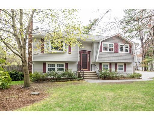 Частный односемейный дом для того Продажа на 42 Lowell Street Billerica, Массачусетс 01862 Соединенные Штаты