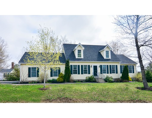 Single Family Home for Sale at 9 Myles Lane Shirley, Massachusetts 01464 United States