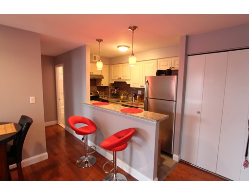 Additional photo for property listing at 27 Bowdoin  Boston, Massachusetts 02114 United States