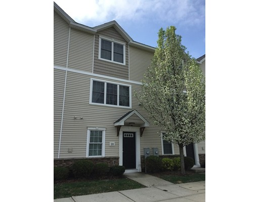 28 Regency Ct 28, Chicopee, MA 01020