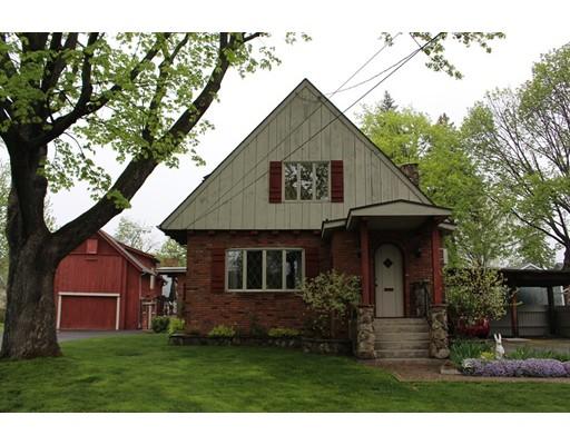 独户住宅 为 销售 在 80 High Street South Hadley, 马萨诸塞州 01075 美国