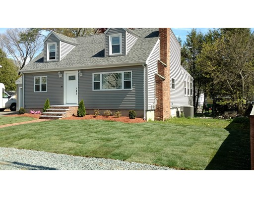 Частный односемейный дом для того Продажа на 34 4th Street Norwood, Массачусетс 02062 Соединенные Штаты