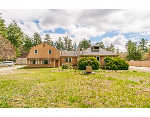 Single Family Home for Sale at 451 Silver Lake Road Hollis, New Hampshire 03049 United States