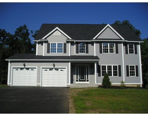 واحد منزل الأسرة للـ Sale في 421 Chapin Road Hampden, Massachusetts 01036 United States