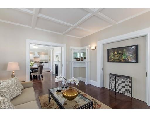 独户住宅 为 出租 在 10 Canal Street 温彻斯特, 马萨诸塞州 01890 美国