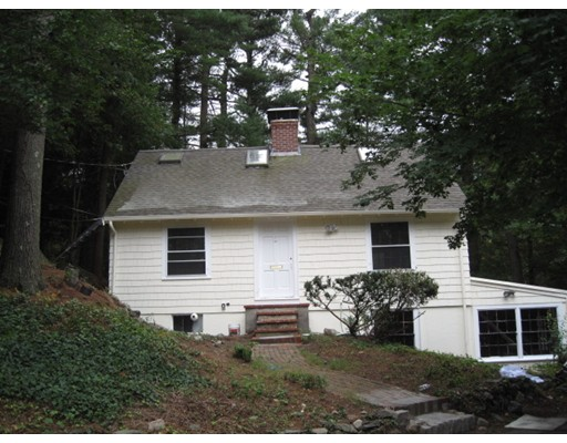 Casa Unifamiliar por un Venta en 16 Woodland Road Weston, Massachusetts 02493 Estados Unidos