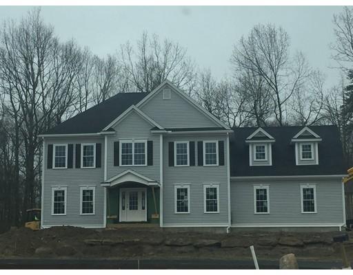 واحد منزل الأسرة للـ Sale في 2 MAPLE Street 2 MAPLE Street West Boylston, Massachusetts 01583 United States