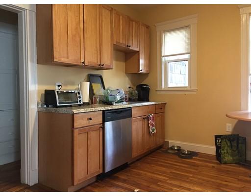 Additional photo for property listing at 114 Elm Street  Cambridge, Massachusetts 02139 Estados Unidos