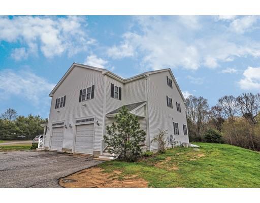 Maison unifamiliale pour l à louer à 131 Wall Street Bridgewater, Massachusetts 02324 États-Unis