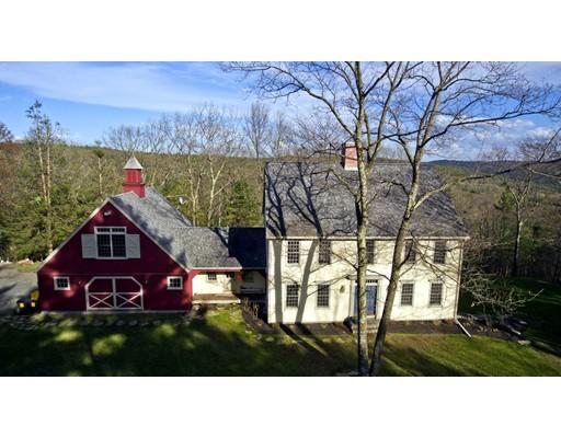 واحد منزل الأسرة للـ Sale في 37 Laurel Hill Drive Leverett, Massachusetts 01054 United States