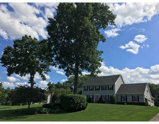 独户住宅 为 销售 在 3 FALCON CREST Southwick, 马萨诸塞州 01077 美国